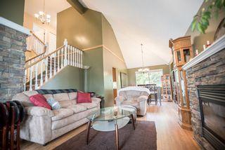 Photo 3: 11620 WARESLEY Street in Maple Ridge: Southwest Maple Ridge House for sale : MLS®# R2312204