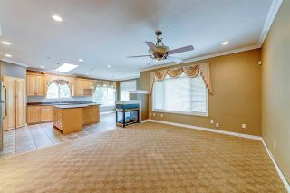 Photo 6: 3826 SEFTON Street in Port Coquitlam: Oxford Heights House for sale : MLS®# R2589276