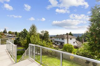Photo 9: 2544 BLUEBELL Avenue in Coquitlam: Summitt View House for sale : MLS®# R2625984