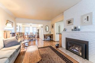 Photo 2: 921 SURREY Street in New Westminster: The Heights NW House for sale : MLS®# R2222277