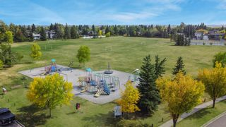 Photo 3: 376 DEERVIEW Drive SE in Calgary: Deer Ridge Detached for sale : MLS®# A1034860