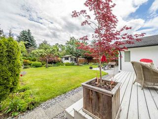 "Photo 16: 41562 ROD Road in Squamish: Brackendale House for sale in ""Brackendale"" : MLS®# R2269959"