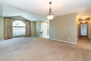 """Photo 3: 1 46406 PORTAGE Avenue in Chilliwack: Chilliwack N Yale-Well Townhouse for sale in """"PORTAGE LANE"""" : MLS®# R2603282"""