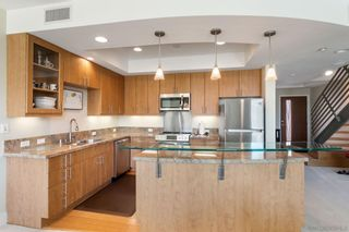Photo 2: MISSION HILLS Condo for sale : 2 bedrooms : 3980 9th Ave. #206 in San Diego