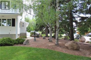 Photo 3: 3302 South Parkside Drive S in Lethbridge: House for sale : MLS®# A1140358