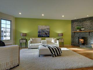 Photo 2: 1423 Yale St in : OB South Oak Bay Row/Townhouse for sale (Oak Bay)  : MLS®# 878485