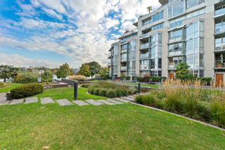 """Photo 30: TH117 1288 MARINASIDE Crescent in Vancouver: Yaletown Townhouse for sale in """"Crestmark I"""" (Vancouver West)  : MLS®# R2625173"""