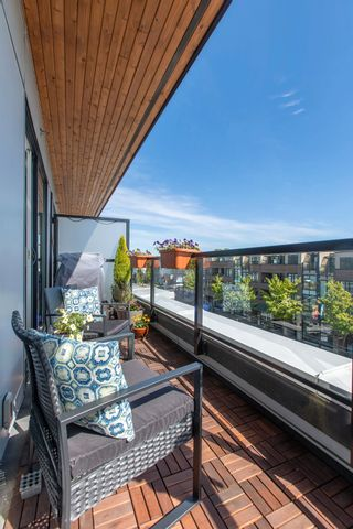 """Photo 32: 404 2141 E HASTINGS Street in Vancouver: Hastings Condo for sale in """"THE OXFORD"""" (Vancouver East)  : MLS®# R2579548"""