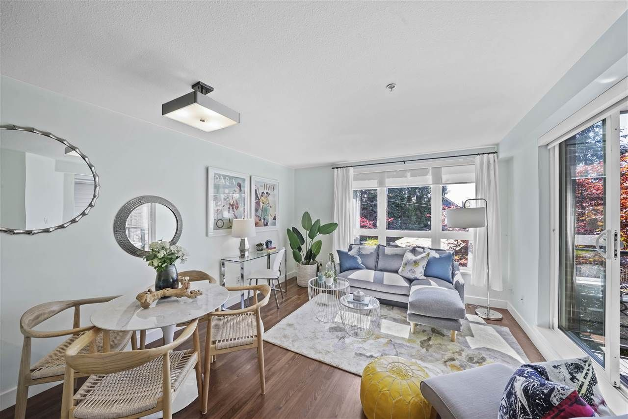 """Main Photo: 309 2008 BAYSWATER Street in Vancouver: Kitsilano Condo for sale in """"Black Swan"""" (Vancouver West)  : MLS®# R2492765"""