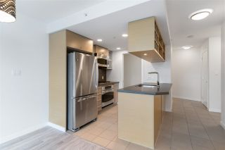 """Photo 10: 2401 833 SEYMOUR Street in Vancouver: Downtown VW Condo for sale in """"CAPITAL RESIDENCES"""" (Vancouver West)  : MLS®# R2544420"""