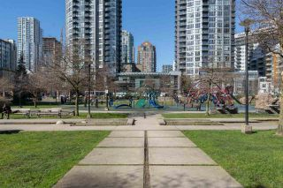 """Photo 30: 409 1188 RICHARDS Street in Vancouver: Yaletown Condo for sale in """"Park Plaza"""" (Vancouver West)  : MLS®# R2475181"""