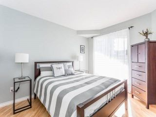 """Photo 5: 3209 33 CHESTERFIELD Place in North Vancouver: Lower Lonsdale Condo for sale in """"HARBOURVIEW PARK"""" : MLS®# R2008580"""
