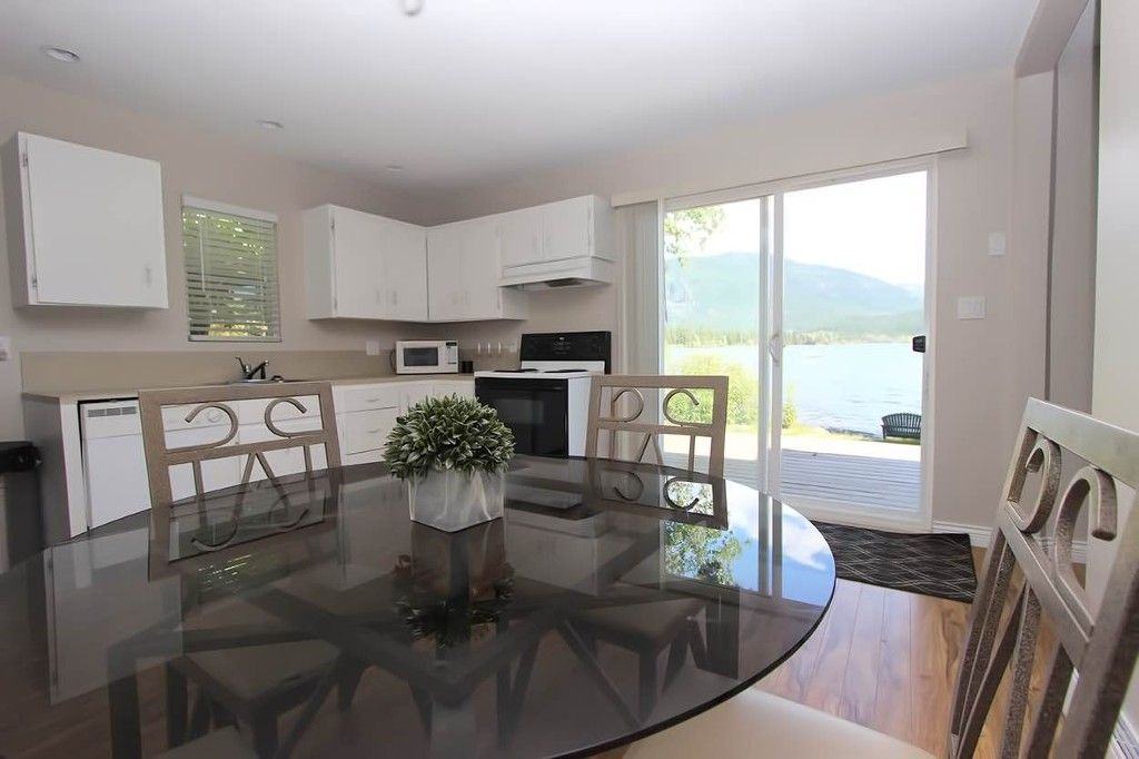 Photo 25: Photos: 1475 Little Shuswap Lake Road in Chase: Little Shuswap Lake House for sale : MLS®# 10205518