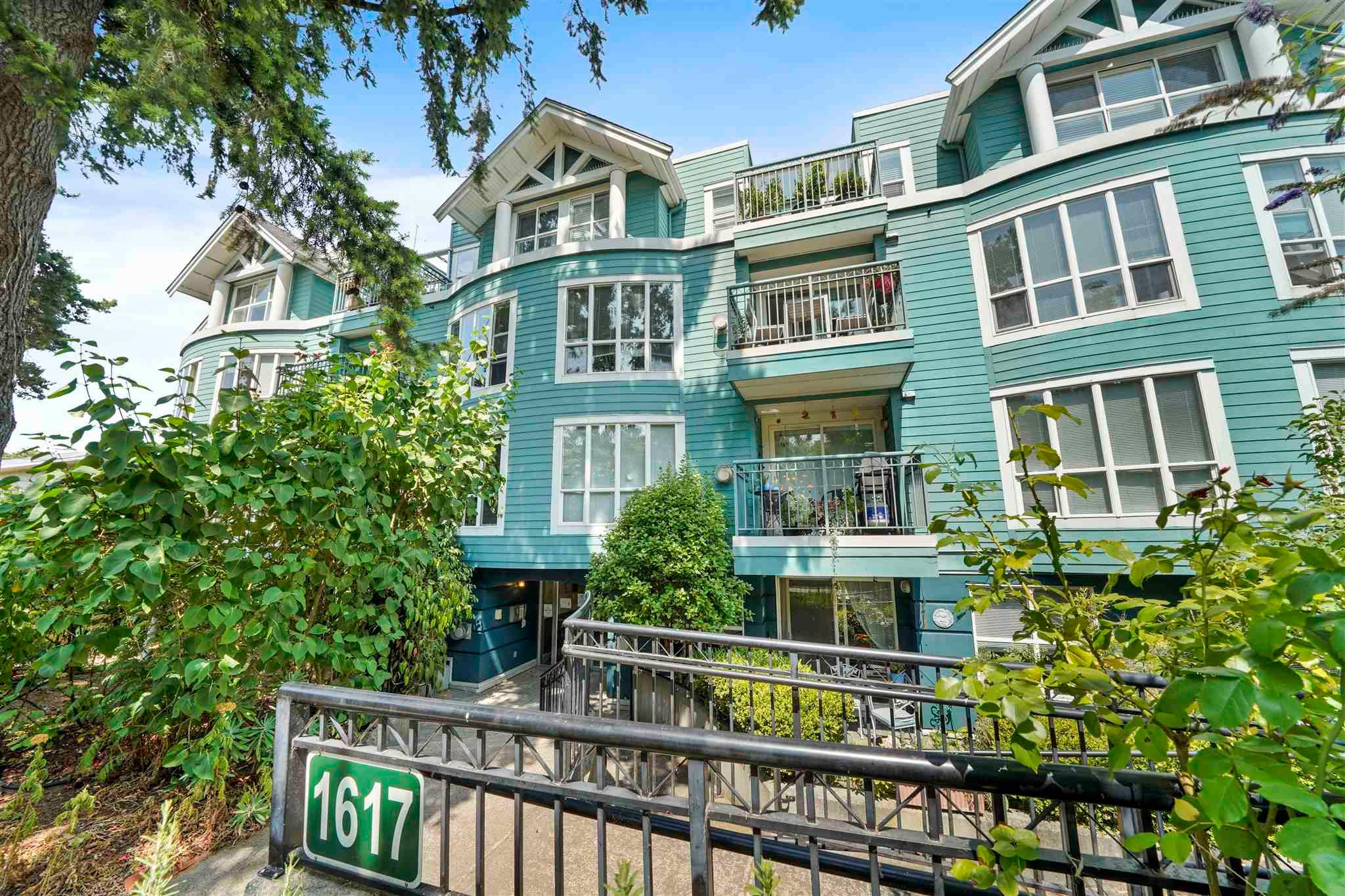 """Main Photo: 204 1617 GRANT Street in Vancouver: Grandview Woodland Condo for sale in """"Evergreen Place"""" (Vancouver East)  : MLS®# R2604892"""