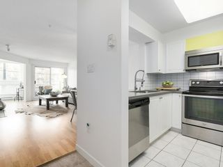 Photo 3: 211 2105 West 42nd Ave in The Brownstone: Home for sale