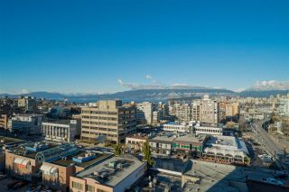"""Photo 3: 1101 1633 W 10TH Avenue in Vancouver: Fairview VW Condo for sale in """"HENNESSY HOUSE"""" (Vancouver West)  : MLS®# R2132652"""