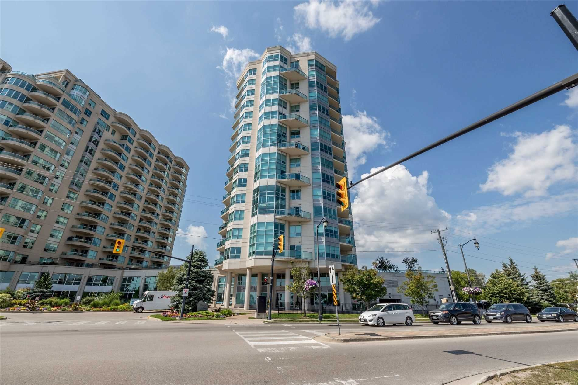 Main Photo: 1506 6 Toronto Street in Barrie: Lakeshore Condo for sale : MLS®# S4884701
