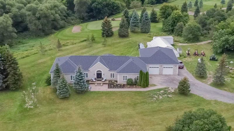 FEATURED LISTING: 6949 5th Line New Tecumseth