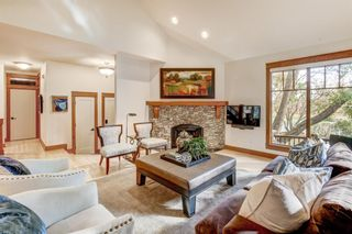 Photo 4: 5823 Bow Crescent NW in Calgary: Bowness Detached for sale : MLS®# A1150194