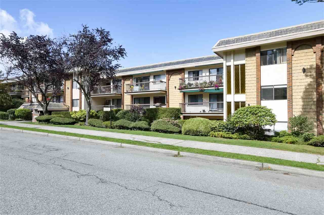 Photo 20: Photos: 215 1235 W 15TH AVENUE in Vancouver: Fairview VW Condo for sale (Vancouver West)  : MLS®# R2404476