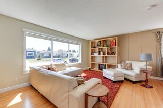 Photo 11: 6308 92B Avenue NW in Edmonton: OTTEWELL House for sale