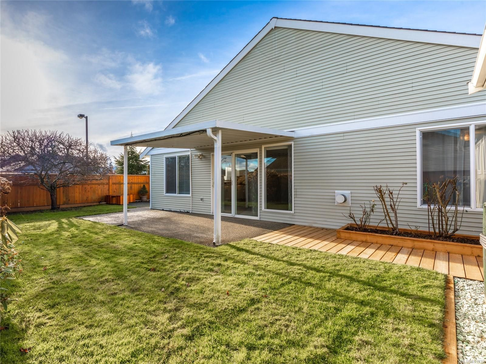 Photo 14: Photos: 300 Church Rd in : PQ Parksville House for sale (Parksville/Qualicum)  : MLS®# 861932