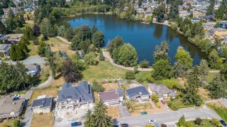 Photo 1: 1213 COTTONWOOD Avenue in Coquitlam: Central Coquitlam House for sale : MLS®# R2292834