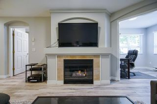 """Photo 12: 104 20125 55A Avenue in Langley: Langley City Condo for sale in """"Blackberry II"""" : MLS®# R2484759"""