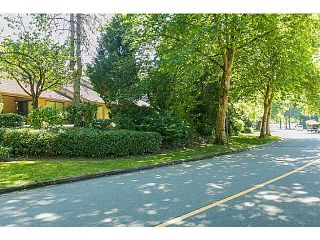 "Photo 19: 4142 GARDEN GROVE Drive in Burnaby: Greentree Village Townhouse for sale in ""GREENTREE VILLAGE"" (Burnaby South)  : MLS®# V1082218"