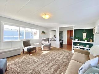 Photo 11: 718 Prairie Avenue in Outlook: Residential for sale : MLS®# SK870463