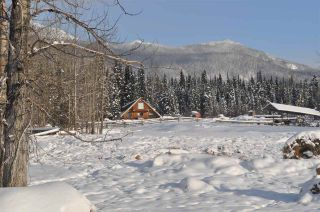 Photo 3: 16563 OLD BABINE LAKE Road in Smithers: Smithers - Rural House for sale (Smithers And Area (Zone 54))  : MLS®# R2537253
