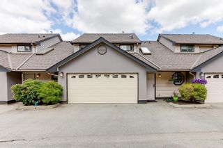 "Photo 2: 5 20841 DEWDNEY TRUNK Road in Maple Ridge: Northwest Maple Ridge Townhouse for sale in ""KITCHLER STATION"" : MLS®# R2603707"