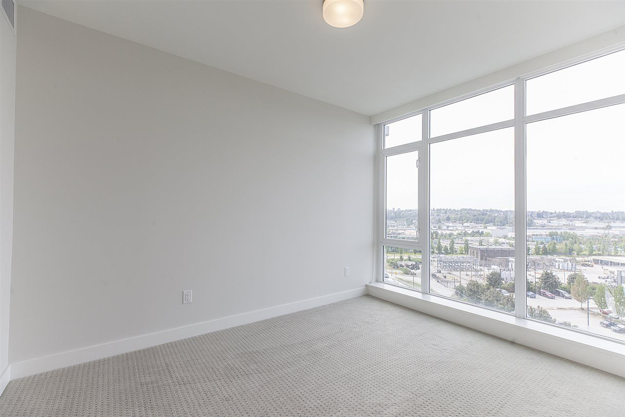 """Photo 10: Photos: 505 1788 GILMORE Avenue in Burnaby: Brentwood Park Condo for sale in """"Escala"""" (Burnaby North)  : MLS®# R2394517"""