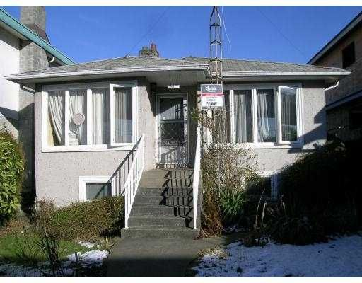 Main Photo: 3317 VANNESS Avenue in Vancouver: Collingwood VE House for sale (Vancouver East)  : MLS®# V684357