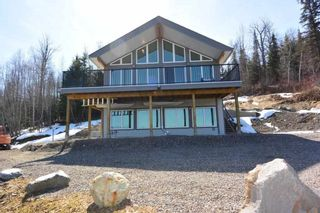 Photo 2: 3160 BOYLE Road in Smithers: Smithers - Rural House for sale (Smithers And Area (Zone 54))  : MLS®# R2569460