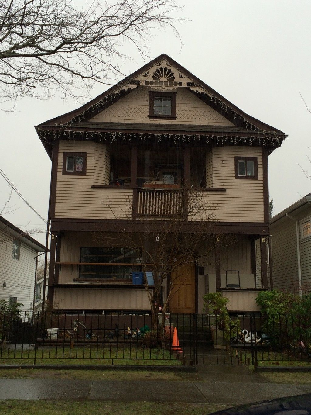 Main Photo: 4282 Prince Edward Street in Vancouver: Fraser VE House for sale (Vancouver East)
