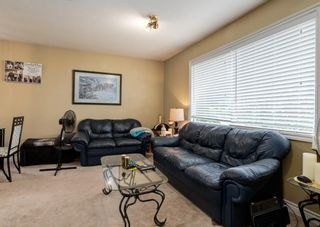Photo 2: 3135 Rae Crescent SE in Calgary: Albert Park/Radisson Heights Detached for sale : MLS®# A1139656