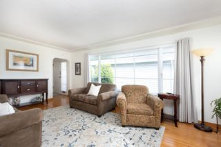 Photo 3: 347 CUMBERLAND Street in New Westminster: Sapperton House for sale : MLS®# R2621862