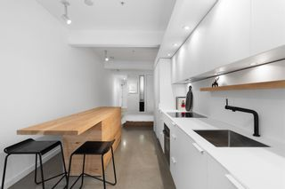 """Photo 8: 404 53 W HASTINGS Street in Vancouver: Downtown VW Condo for sale in """"Paris Block"""" (Vancouver West)  : MLS®# R2608544"""