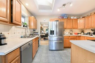 """Photo 12: 3825 W 19TH Avenue in Vancouver: Dunbar House for sale in """"Dunbar"""" (Vancouver West)  : MLS®# R2495475"""