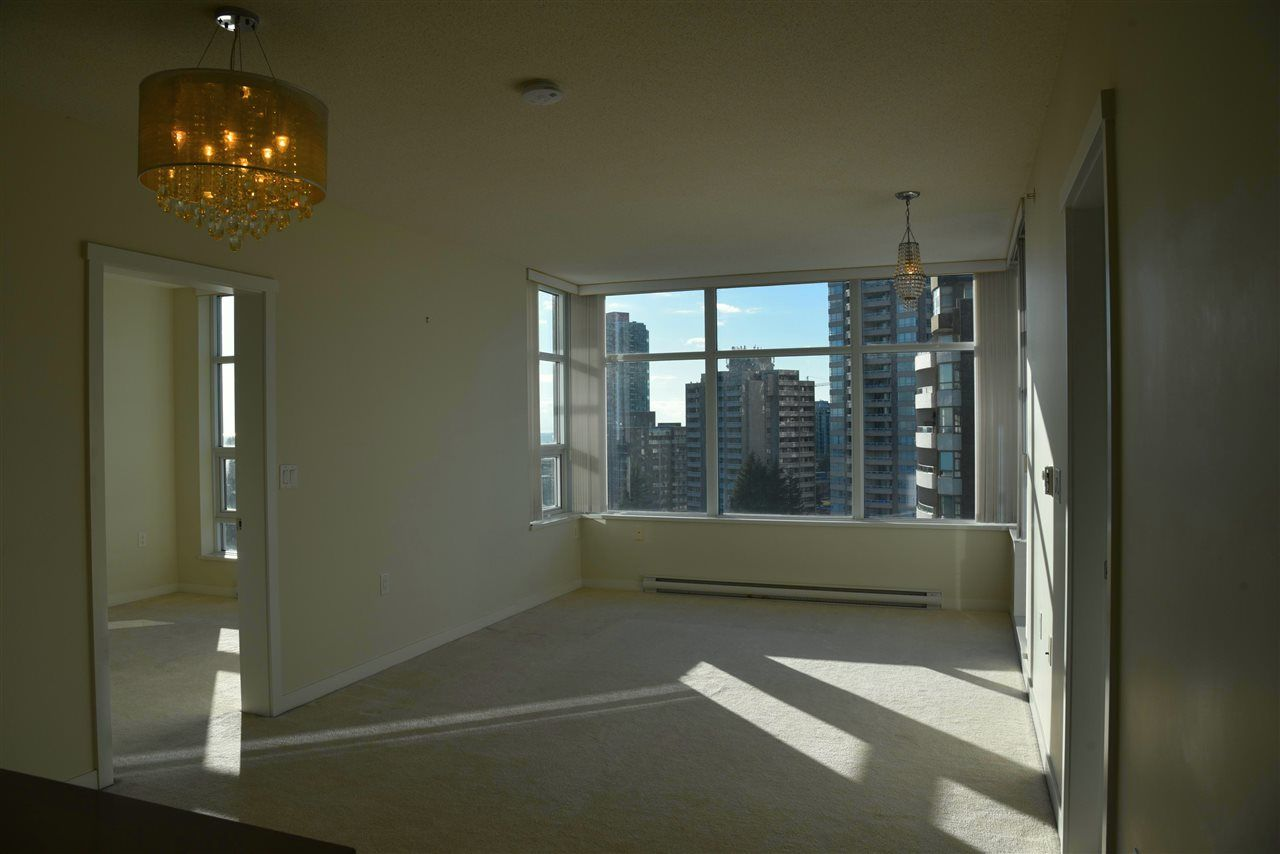 """Main Photo: 1601 4880 BENNETT Street in Burnaby: Metrotown Condo for sale in """"CHANCELOR"""" (Burnaby South)  : MLS®# R2538424"""