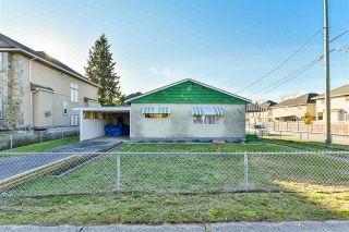 "Photo 2: 6245 126 Street in Surrey: Panorama Ridge House for sale in ""Panorama"" : MLS®# R2422606"