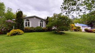 Photo 2: 882 English Mountain Road in South Alton: 404-Kings County Residential for sale (Annapolis Valley)  : MLS®# 202114117