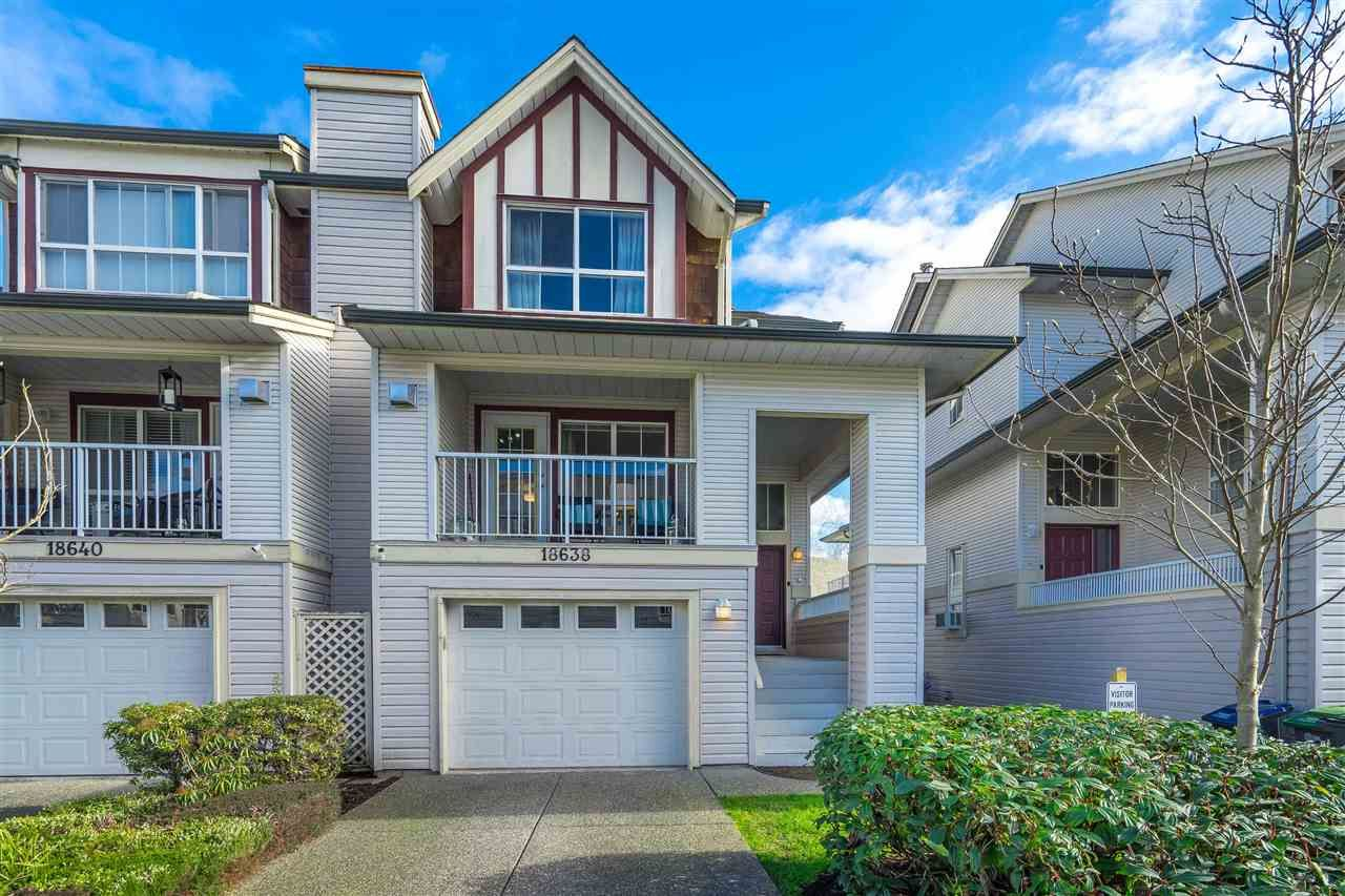 """Main Photo: 18638 65 Avenue in Surrey: Cloverdale BC Townhouse for sale in """"Ridgeway"""" (Cloverdale)  : MLS®# R2537328"""