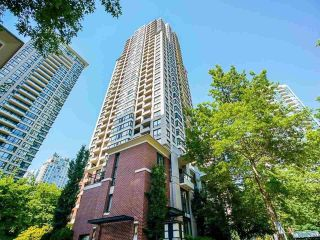 Photo 10: 2509 909 MAINLAND Street in Vancouver: Yaletown Condo for sale (Vancouver West)  : MLS®# R2592853