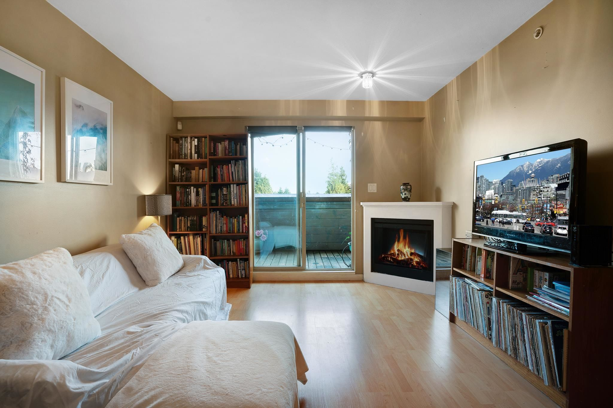 """Main Photo: PH5 3089 OAK Street in Vancouver: Fairview VW Condo for sale in """"The Oaks"""" (Vancouver West)  : MLS®# R2624819"""