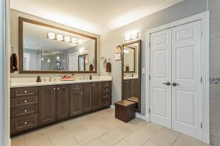 """Photo 14: 18102 CLAYTONWOOD Crescent in Surrey: Cloverdale BC House for sale in """"Claytonwoods"""" (Cloverdale)  : MLS®# R2580715"""