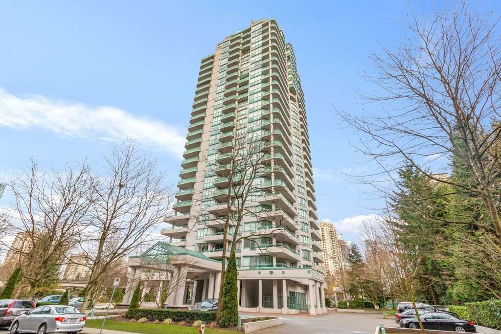 Main Photo: 21C 6128 PATTERSON Avenue in Burnaby: Metrotown Condo for sale (Burnaby South)  : MLS®# R2550325