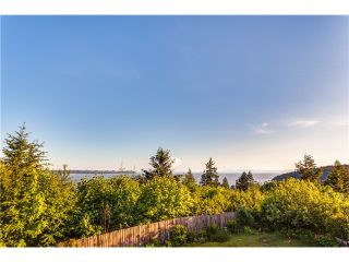 Photo 18: 4110 Burkehill Rd in West Vancouver: Bayridge House for sale : MLS®# V1096090