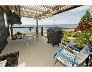 Photo 3: 1980 OCEAN BEACH ESPLANADE BB in Gibsons: Gibsons & Area House for sale (Sunshine Coast)  : MLS®# V753918